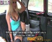 скачать порно на телефон - Водитель такси развлекается с сисястой блонди